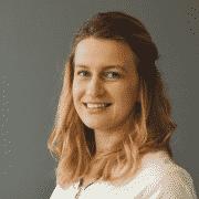 Zsuzsa - Relații cu clienții